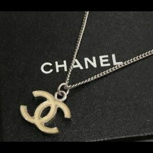 CHANEL Jewelry - 🆕 Chanel CC Silver Necklace, in Box 🎁